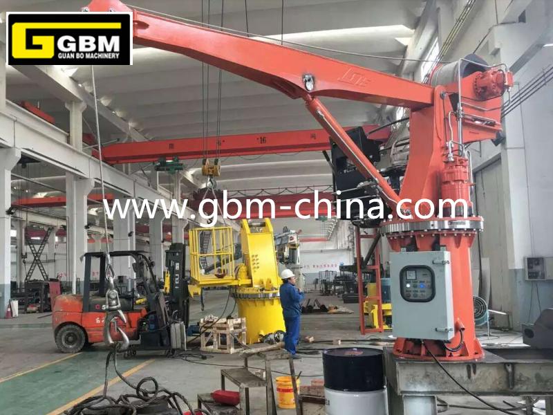 Stiff boom marine crane Featured Image