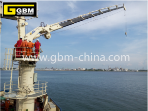 Knuckle boom deck crane