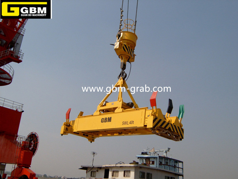 Single hanging point electro-hydraulic rotary telescopic spreader Featured Image
